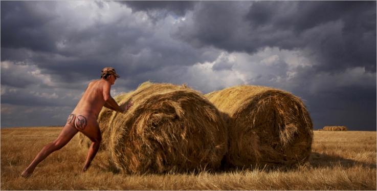 naked farmer