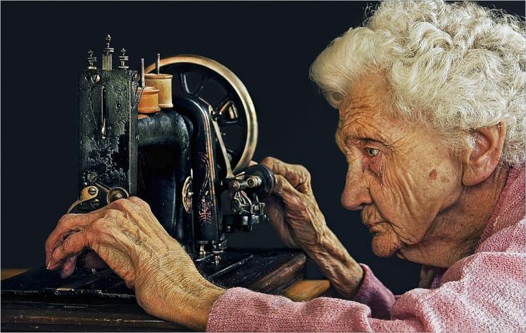 Old Lady by Leon pelser